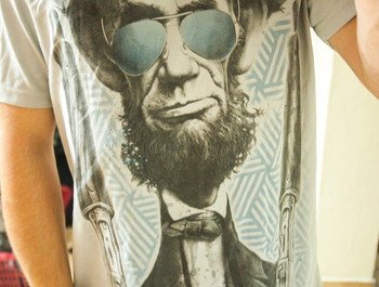 NighteeeeeY wearing Bad Lincoln by DrSpazmo