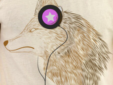 It listens to the music T-Shirt Design by