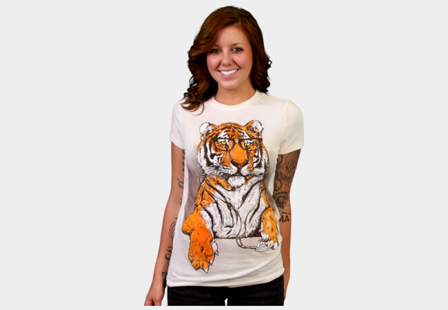 Smart Tiger T-Shirt - Design By Humans